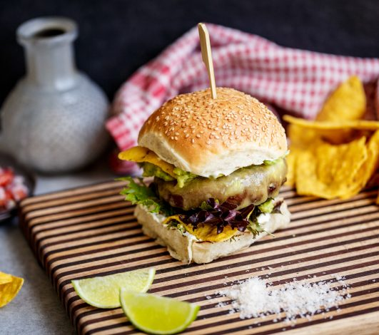 Spicy Mexican Burger with Nachos